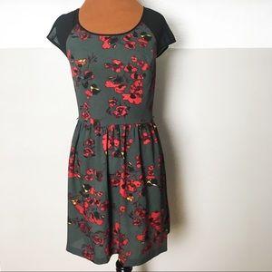 Kensie gray floral print dress